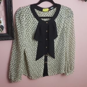 Darling horse patterned blouse with frills